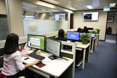 Ergoftalmologia. Área da ciência multidisciplinar que estuda os ambientes de trabalho e seus danos à visão.