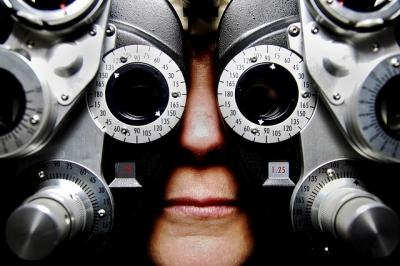 Ir ao oftalmologista regularmente proporciona maior qualidade de vida.