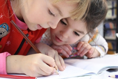 Atenção aos problemas de refração na visão durante o período escolar!